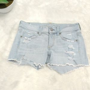 American eagle midi light washed distroyed short 2